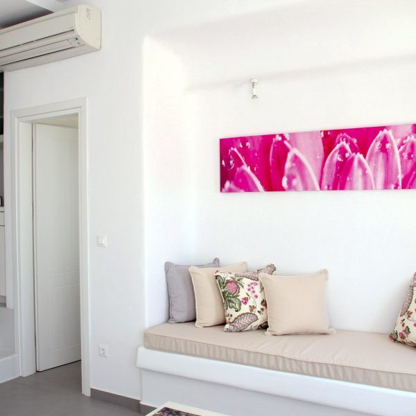 The San Marco Hotel Hera Villa with private pool in Mykonos has a kitchenette & sitting room area